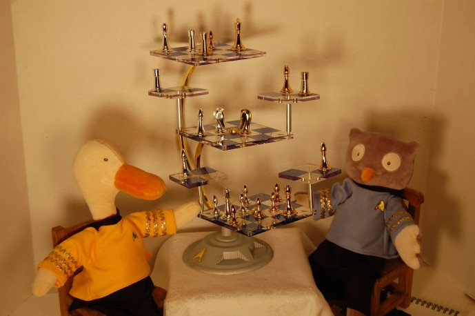 Star Trek Tridemensional Chess Set
